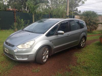 Autos Venta Ford S-Max Titanium AT 2009 -Gris Plata