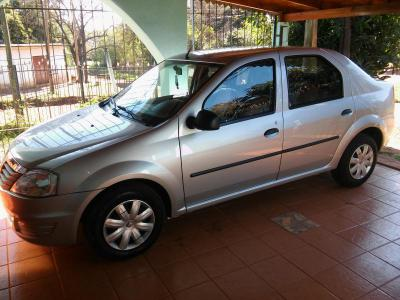 Autos Venta vendo Logan 2013