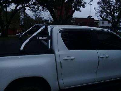 Autos Venta  Vendo impecable Hilux 2018